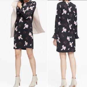 BANANA REPUBLIC Black Floral Ruffle Sheath Dress E